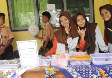 usaha makanan pelajar